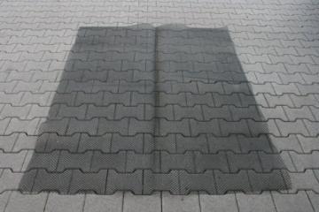 HP-Autozubehör 10.108 Marderfurcht Teppich 190 x 150 cm - 2